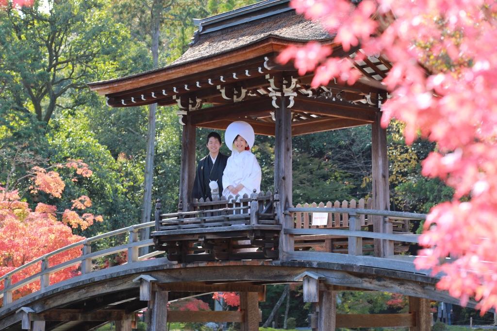 多治見の虎渓山永保寺にて、紅葉とともに結婚式前撮りを行いました♡