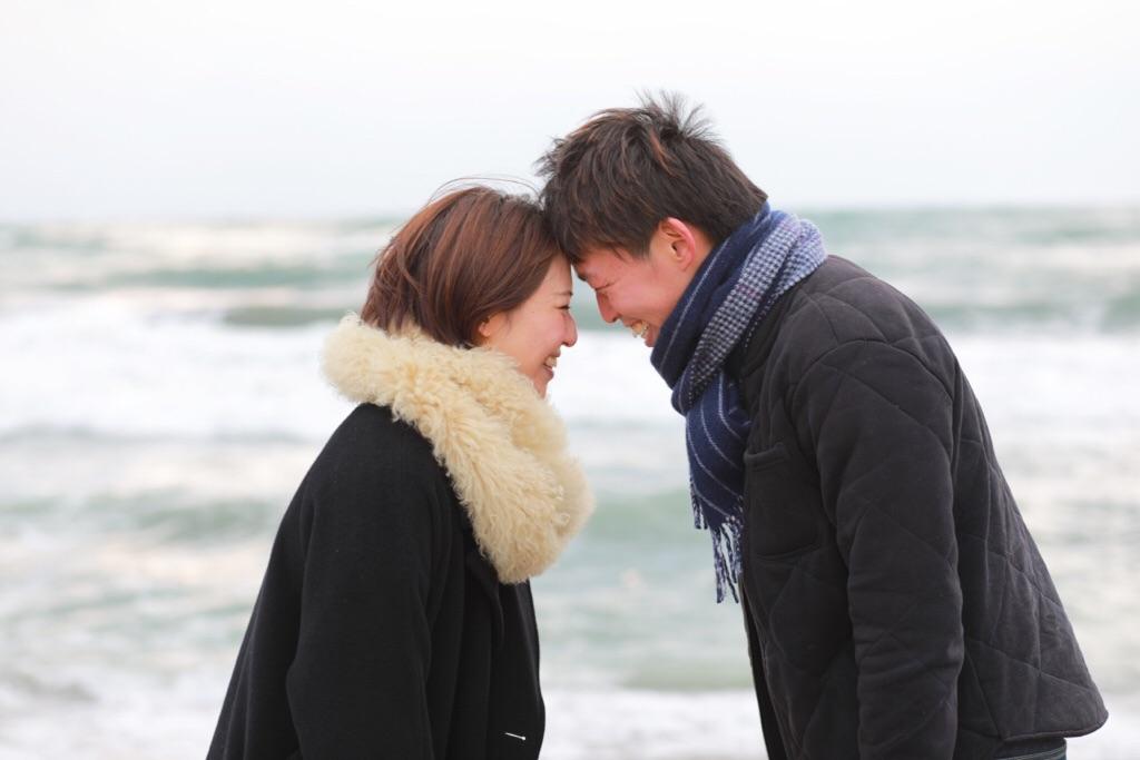 福井の海でエンゲージフォト♡