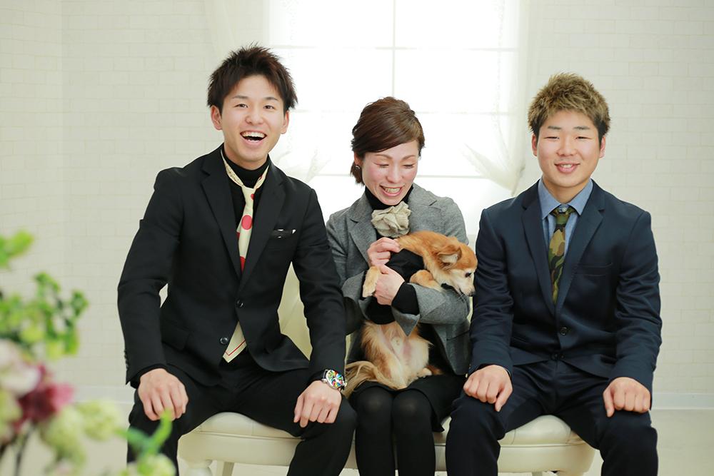 家族写真(ワンちゃん&入学卒業留学) 【可児市】