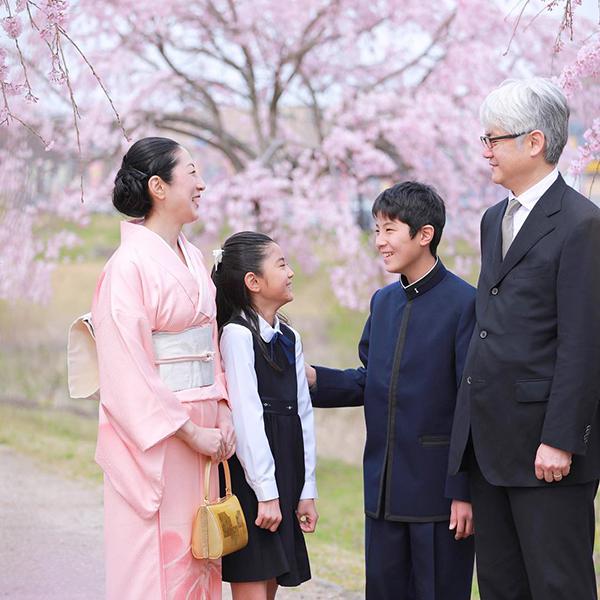 中学入学&家族写真を桜とともに 【関西より】
