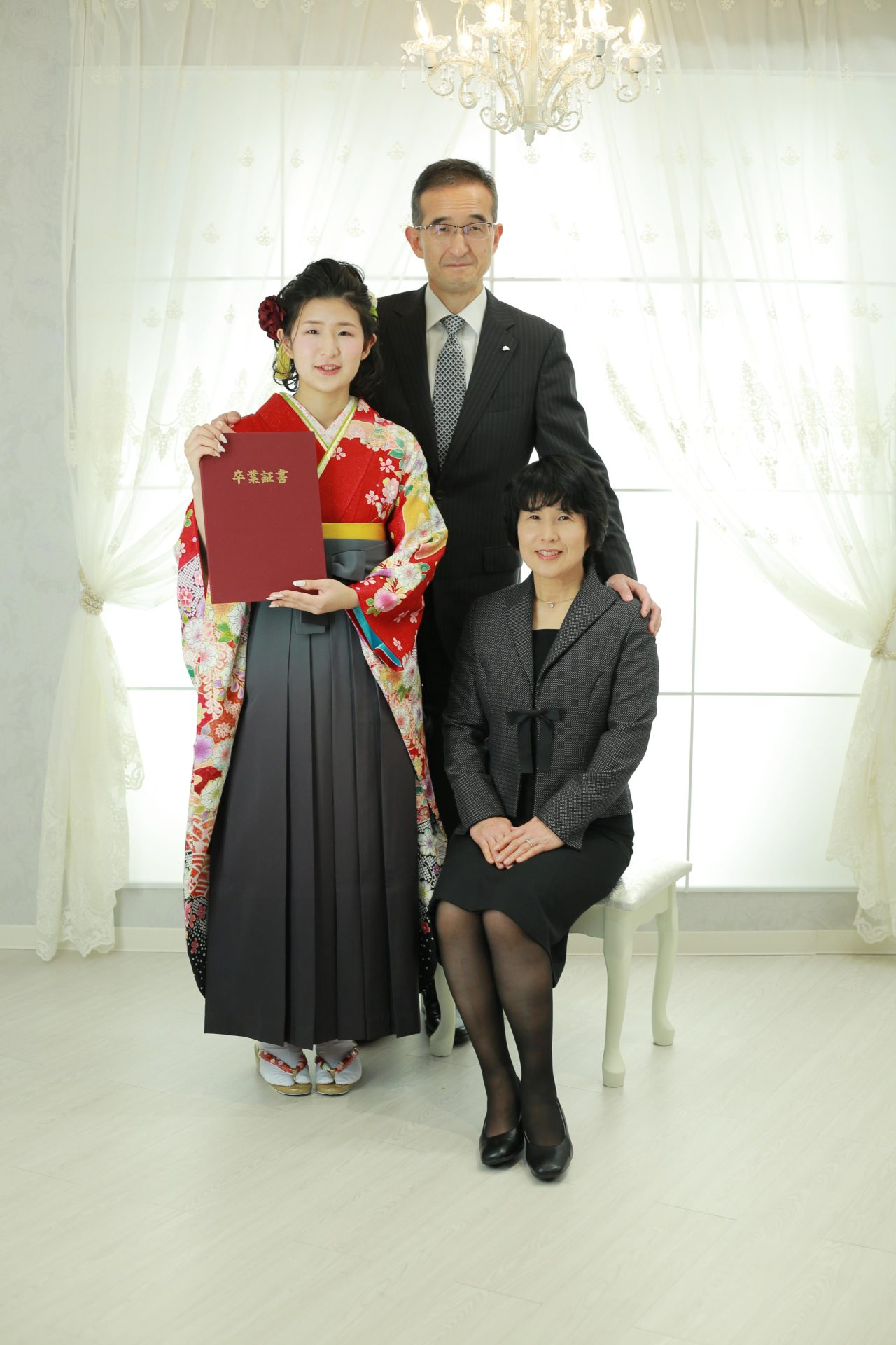 家族揃ってお祝いフォト♡卒業写真【可児市】